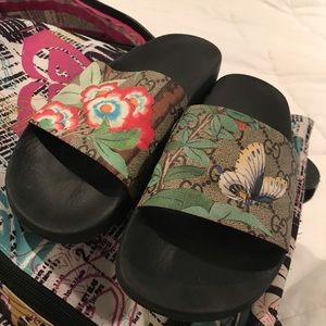 0219c28a49ec Gucci Shoes - GUCCI Tian Butterfly Women s Slides Sandals 8   38